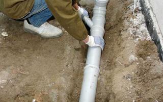 Прокладка канализации в частном доме своими руками – инструкция по шагам